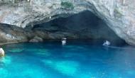 «Το ενάλιο σπήλαιο Μεγανησίου ένα από τα ωραιότερα στον κόσμο»