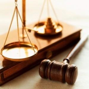 Αποχή και οι δικηγόροι