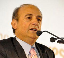 Ευθύνες των επτανήσιων βουλευτών που ψήφισαν Μνημόνιο