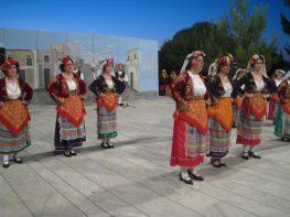 To χορευτικό του Πολιτιστικού Συλλόγου Επτανησίων Γαλατσίου στην Ιταλία