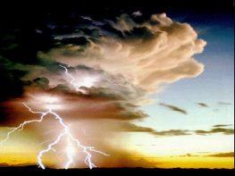 Τροπικές καταιγίδες χτυπούν τη δυτική Ελλάδα
