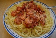 Οι Συνταγές της Μίκας… Μακαρονάδα με γαρίδες και κεικ νηστίσιμο
