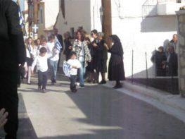Καταθέσεις στεφάνων και παρέλαση σχολείων για την Εθνική Επέτειο