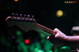 Άρθρα για την εμφάνιση των Mr Highway Band με το Χρήστο Θηβαίο στο Ρυθμός Stage