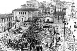 12 Δεκεμβρίου 1940, η Ιταλική αεροπορία βομβαρδίζει τη Λευκάδα