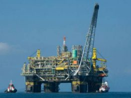 Η Dewereldmorgen αναφέρει εκτιμήσεις που κάνουν λόγο για 250 έως 300 εκατομμυρία βαρέλια πετρελαίου που θα μπορούσαν να αντληθούν από το Ιόνιο πέλαγος