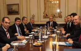 Δέσμευση Παπαδήμου-ΚΕΔΕ για τα 450 εκατομμύρια ευρώ στους Δήμους
