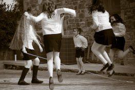 Παλιά παιδικά παιχνίδια στο Μεγανήσι