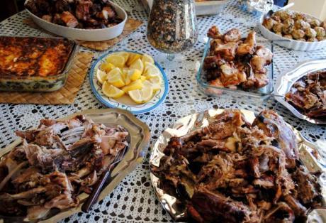 Πασχαλινό τραπέζι: Τι πρέπει να προσέξουμε