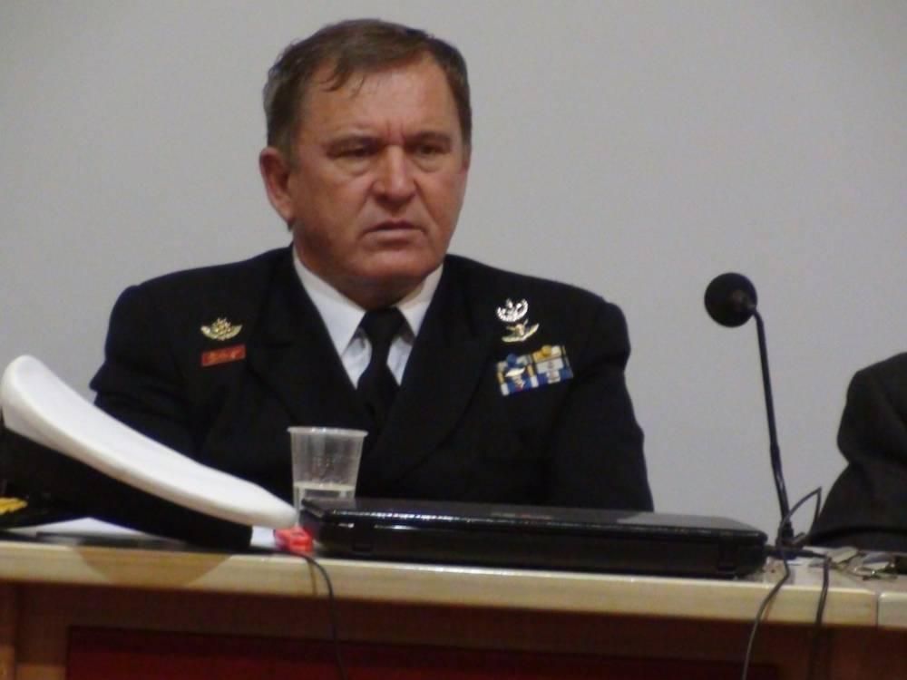 Επιτελάρχη στο ΝΑΤΟ στέλνει ο Στρατός τον Ναύαρχο Σπύρο Κονιδάρη