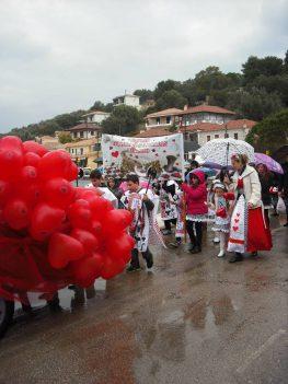 Η αγάπη των παιδιών έσωσε το καρναβάλι (φωτό- βίντεο)