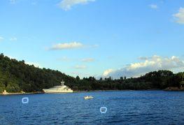 Το Εργατικό Κέντρο για την απαγόρευση της θαλάσσιας κυκλοφορίας στον Σκορπιό