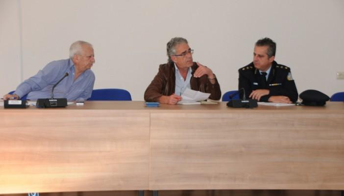 Ο Δήμος και η ΠΕ Λευκάδας για τις πρώτες ενέργειες μετά το σεισμό