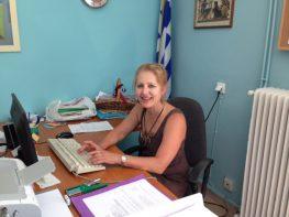 Συνταξιοδοτήθηκε και αποχώρησε από Διευθύντρια του Γυμνασίου – Λυκείου Μεγανησίου, η κα Βιβή Μεταξά