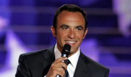 Ο Νίκος Αλιάγας τραγουδάει Καζαντζίδη σε ταβέρνα στο Μεγανήσι