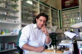 Συνέντευξη του Μεγανησιώτη Συγγραφέα Παναγιώτη Κονιδάρη στο Books & Style