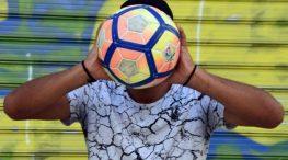 Έχουμε χάσει τη μπάλα: Ο γιατρός στο Μεγανήσι και το Περιφερειακό Συνέδριο