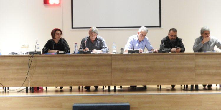 Αιφνιδίως (;) έρχεται η αποικιοκρατική σύμβαση για το νερό στο Δημοτικό Συμβούλιο της Λευκάδας!