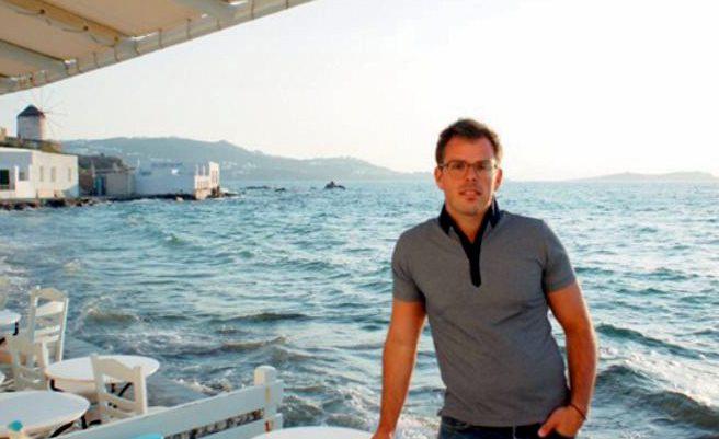 """Συνέντευξη του Μεγανησιώτη Γιατρού Πέτρου Μπενία μέλος της επιστημονικής ομάδας που ανακάλυψε το """"αόρατο"""" οργάνο κατά του καρκίνου στο «Πρώτο Θέμα»"""