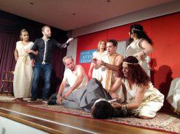 Δελτίο Τύπου θεατρικής ομάδας «Αυλαία και Πάμε» του συλλόγου γυναικών «Ηλακάτη»
