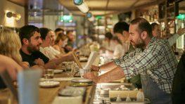 Γιατί η Japanese pub «Birdman» του Μεγανησιώτη Άρη Βεζενέ κερδίζει τις εντυπώσεις;