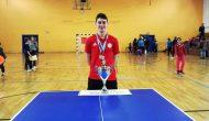 Πρωταθλητής Ελλάδας Πινκ πονκ στο απλό παίδων ο Μεγανησιώτης Σωκράτης Γιαννούτσος