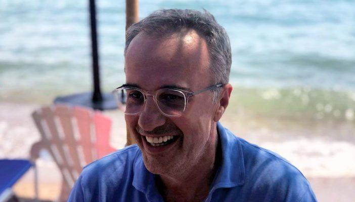 «Ο Παράδεισος των παιδικών μου χρόνων» Το Μεγανήσι του Γιάννη Λ. Πολίτη | Συνέντευξη του Μεγανησιώτη Δημοσιογράφου στην Athens Voice