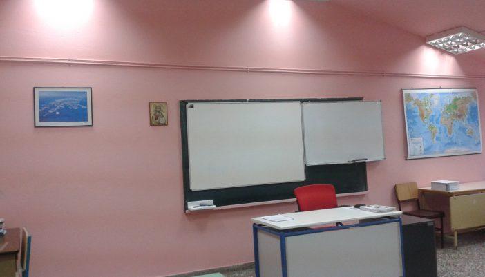 Τρεις δάσκαλοι ήρθαν μόνο στην Λευκάδα. Μάλλον δεν περισσεύει για το Μεγανήσι…