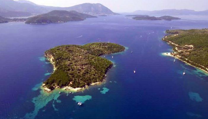 Θηλιά | Το καταπράσινο νησάκι των Τηλεβοΐδων που σε μαγεύει με τα νερά του {Βίντεο του Travel Inspiration}