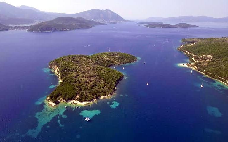 Θηλιά   Το καταπράσινο νησάκι των Τηλεβοΐδων που σε μαγεύει με τα νερά του {Βίντεο του Travel Inspiration}