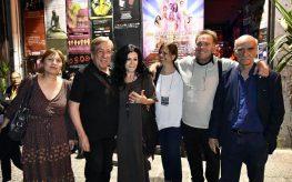 Θριαμβευτική πρεμιέρα για τις Νυχτερινές Συνομιλίες της Χρυσούλας Γεωργούλα – Ζαβιτσάνου στο κατάμεστο Studio Κυψέλης