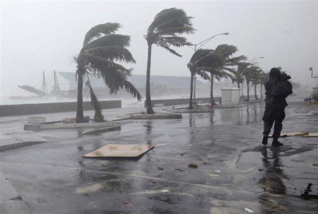 Ισχυροί άνεμοι στο Ιόνιο, φτάνουν τα 9 μποφόρ. Κομμένη η συγκοινωνία στο νησί σήμερα Τρίτη.