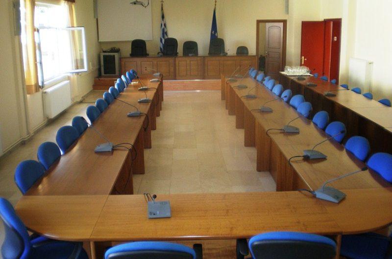 Δημοτικό συμβούλιο κεκλεισμένων των θυρών, την Κυριακή