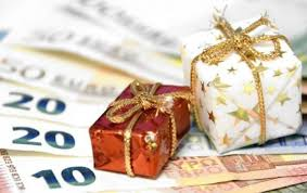 Εργατικό Κέντρο για το δώρο των Χριστουγέννων