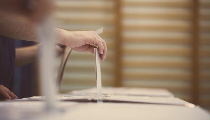 Αυτοδιοίκηση: Καταργείται η απλή αναλογική με νέο εκλογικό νομοσχέδιο